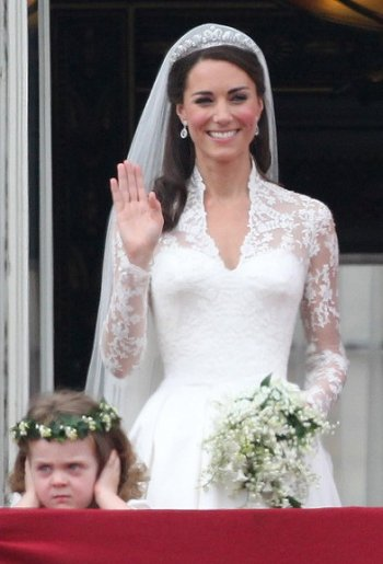 Kate-Middleton-Wedding-Hairstyle-02