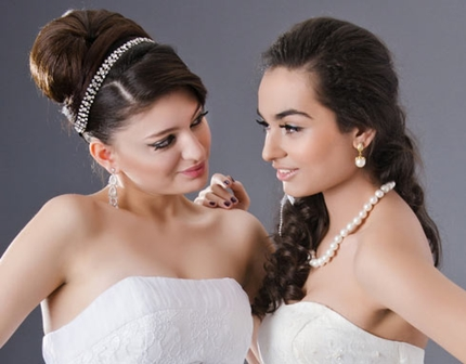Wedding hairstyles with tiara -004